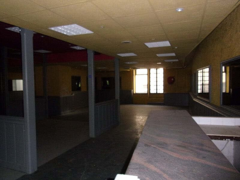 Vente Local commercial TARASCON surface habitable de 500 m²