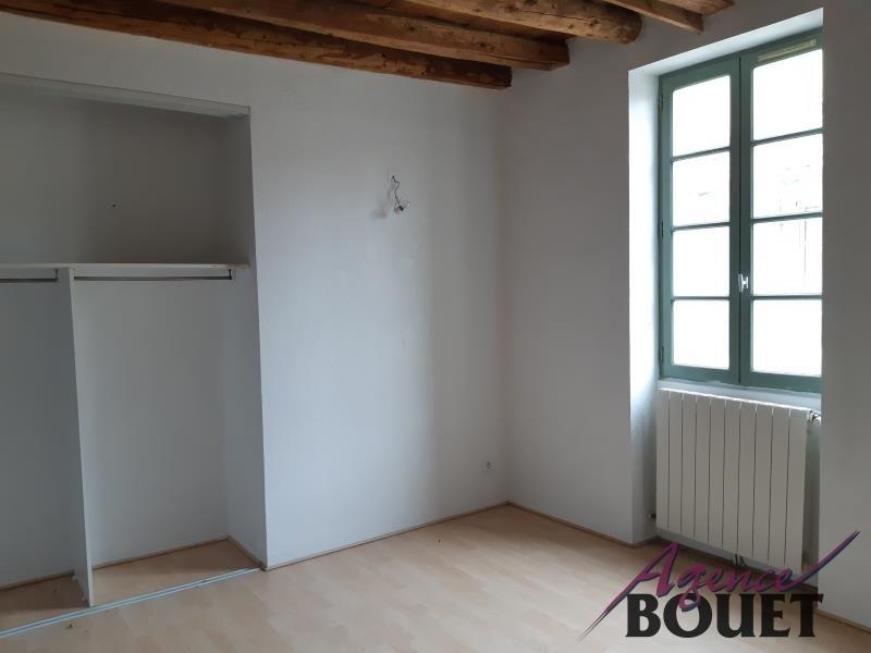 Location Appartement BEAUCAIRE séjour de 23.22 m²