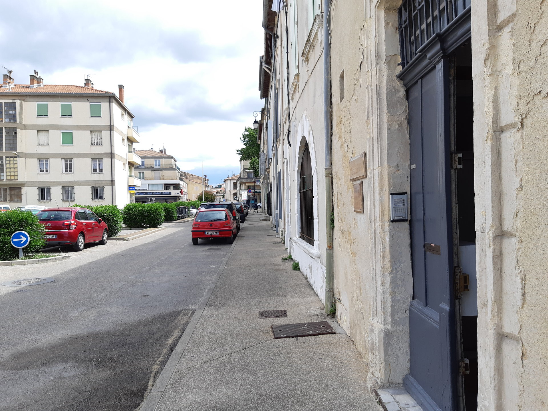Location Fonds de commerce TARASCON surface habitable de 50 m²