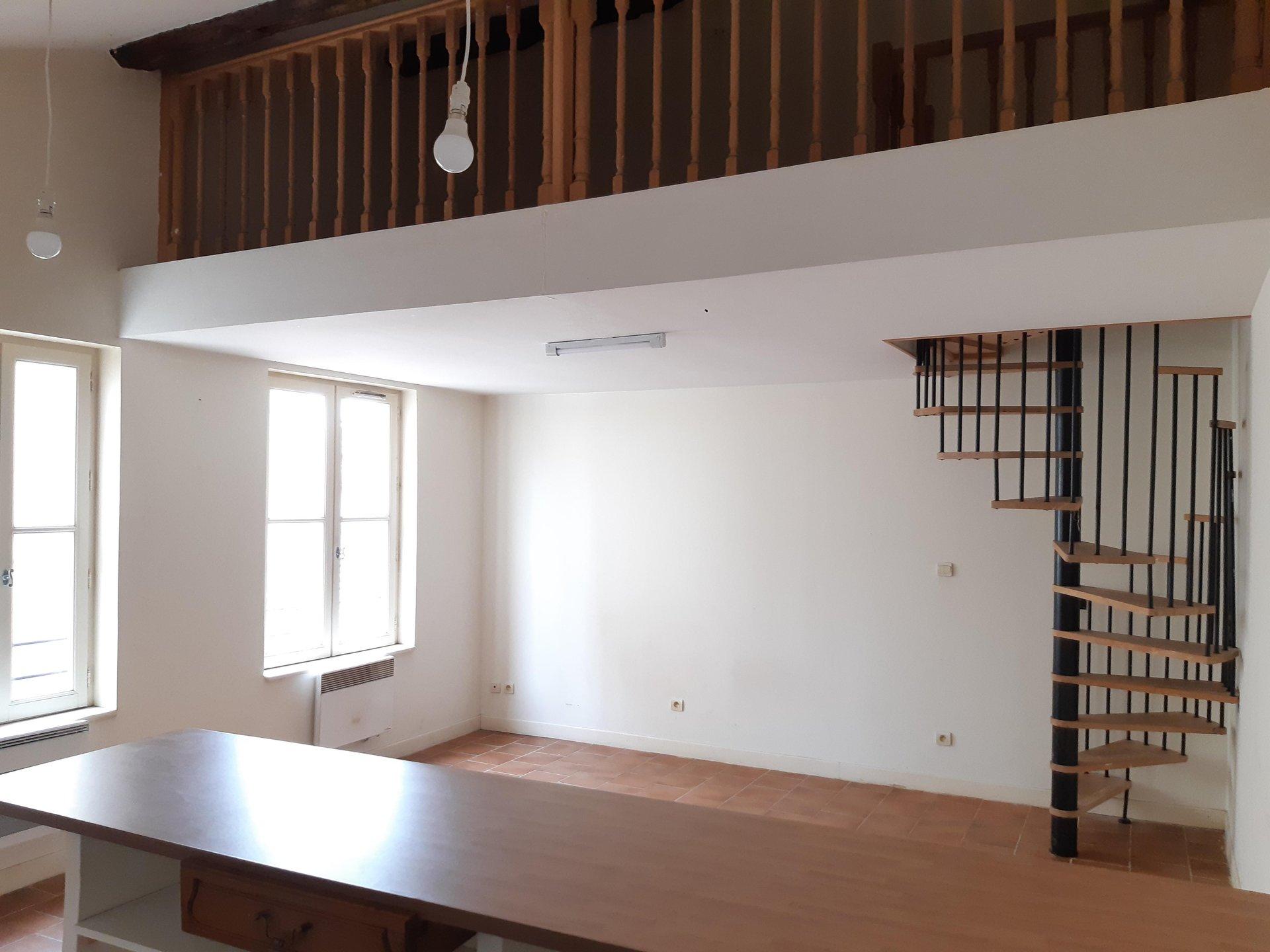 Location Appartement BEAUCAIRE Mandat : 0405