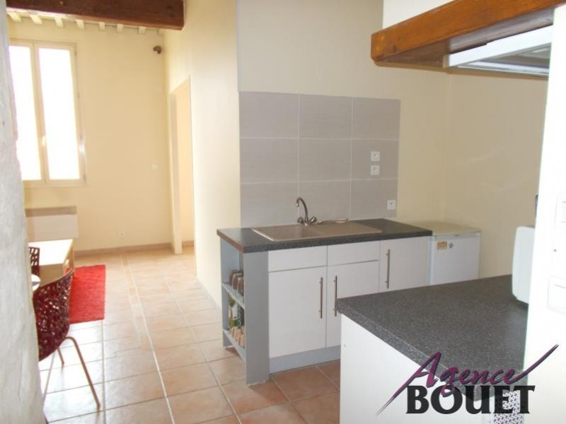 Location Appartement BEAUCAIRE surface habitable de 34 m²