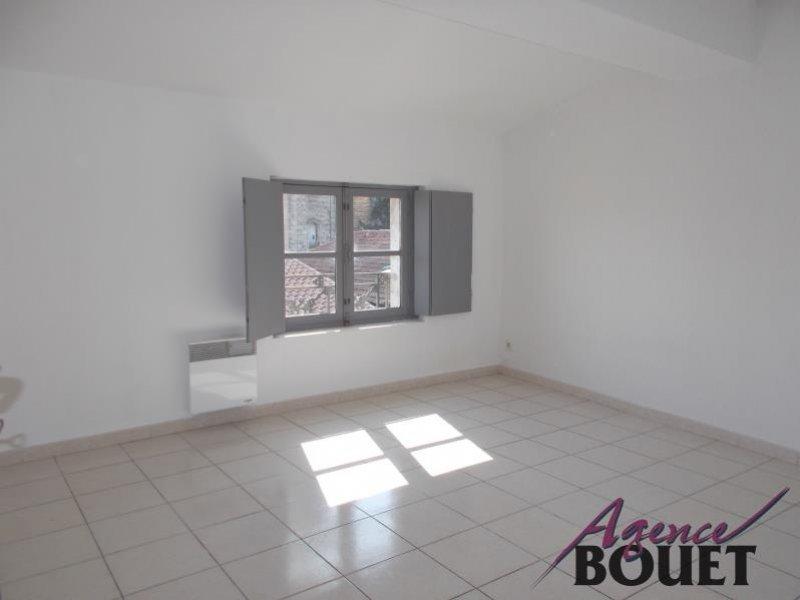 Location Appartement BEAUCAIRE séjour de 35 m²