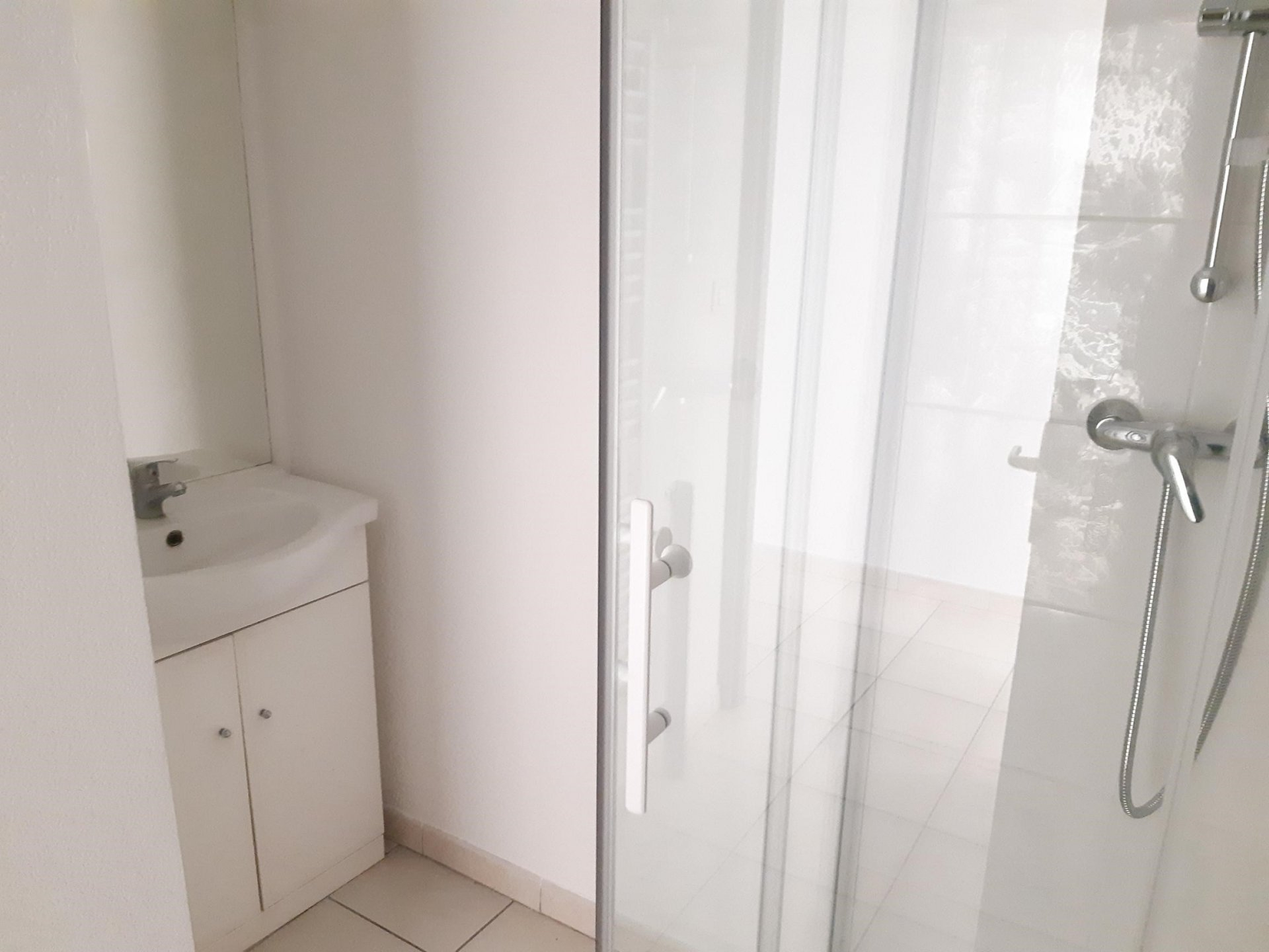 Location Appartement BEAUCAIRE séjour de 31.65 m²