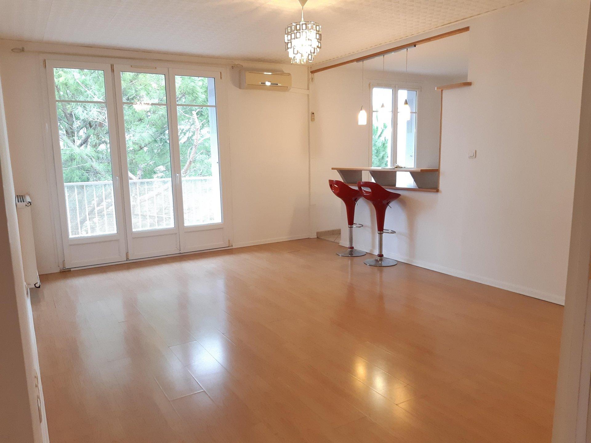 Location Appartement TARASCON Mandat : 0759