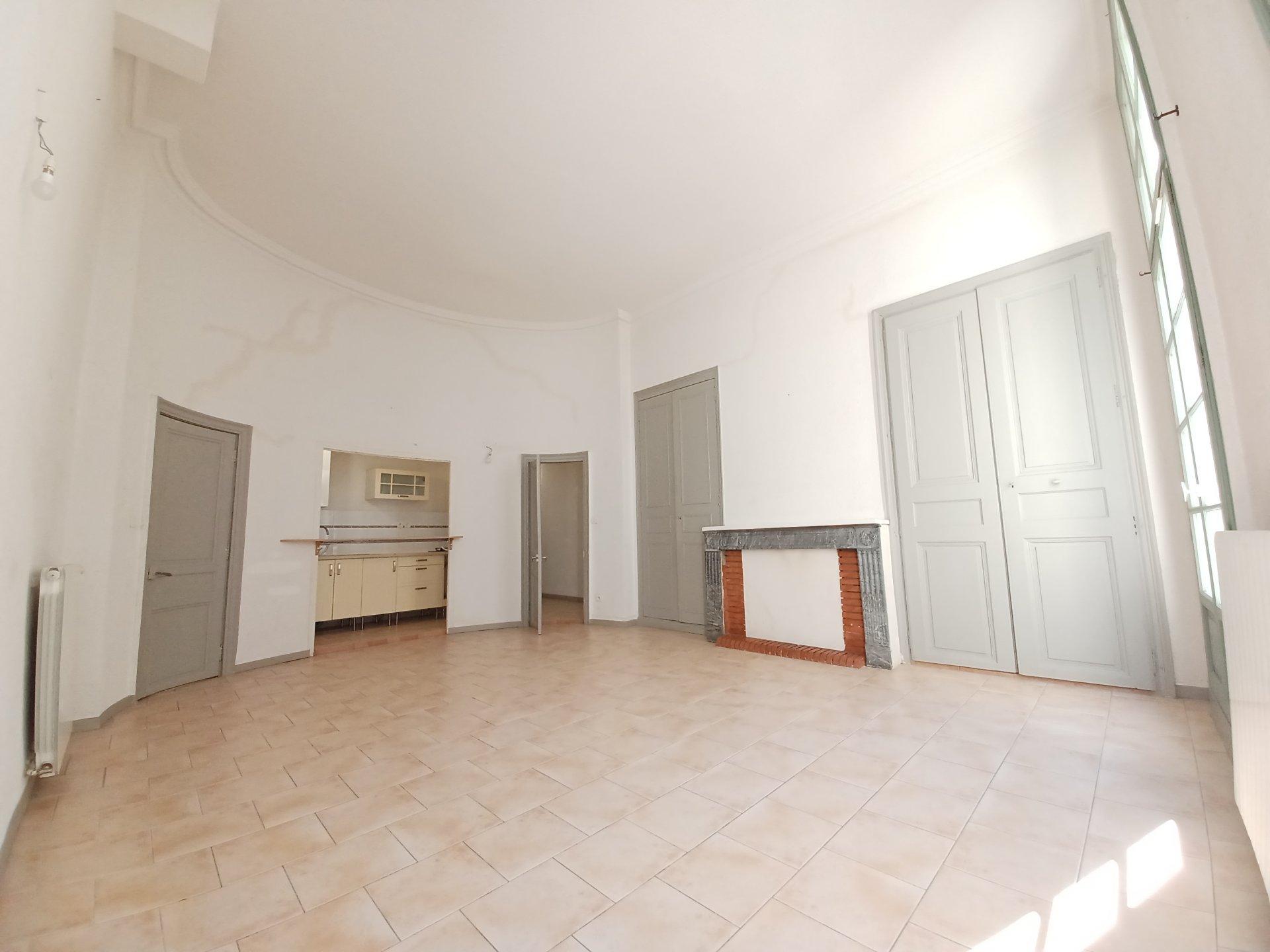 Location Appartement BEAUCAIRE 2 salles de bain