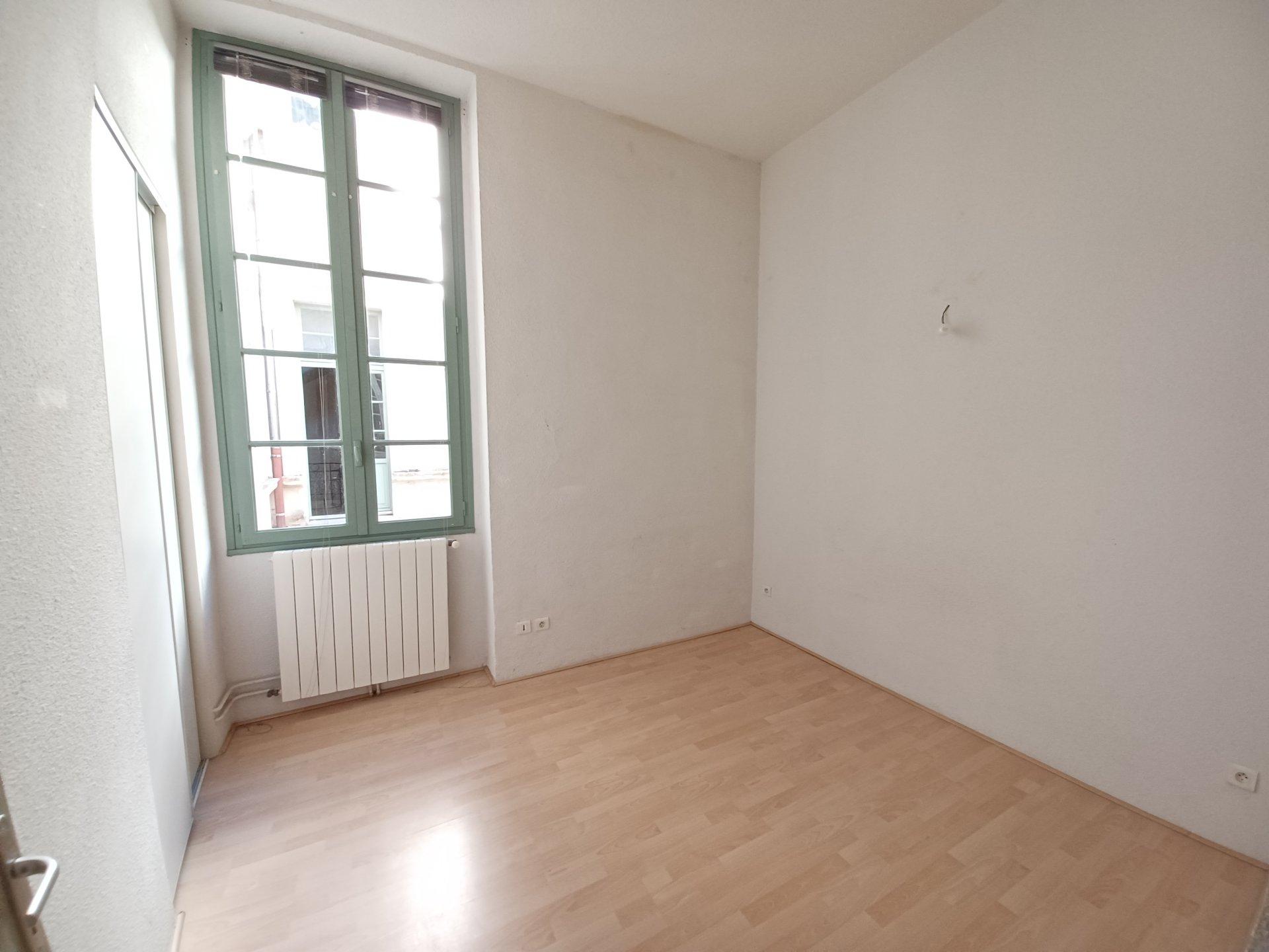 Location Appartement BEAUCAIRE surface habitable de 72 m²