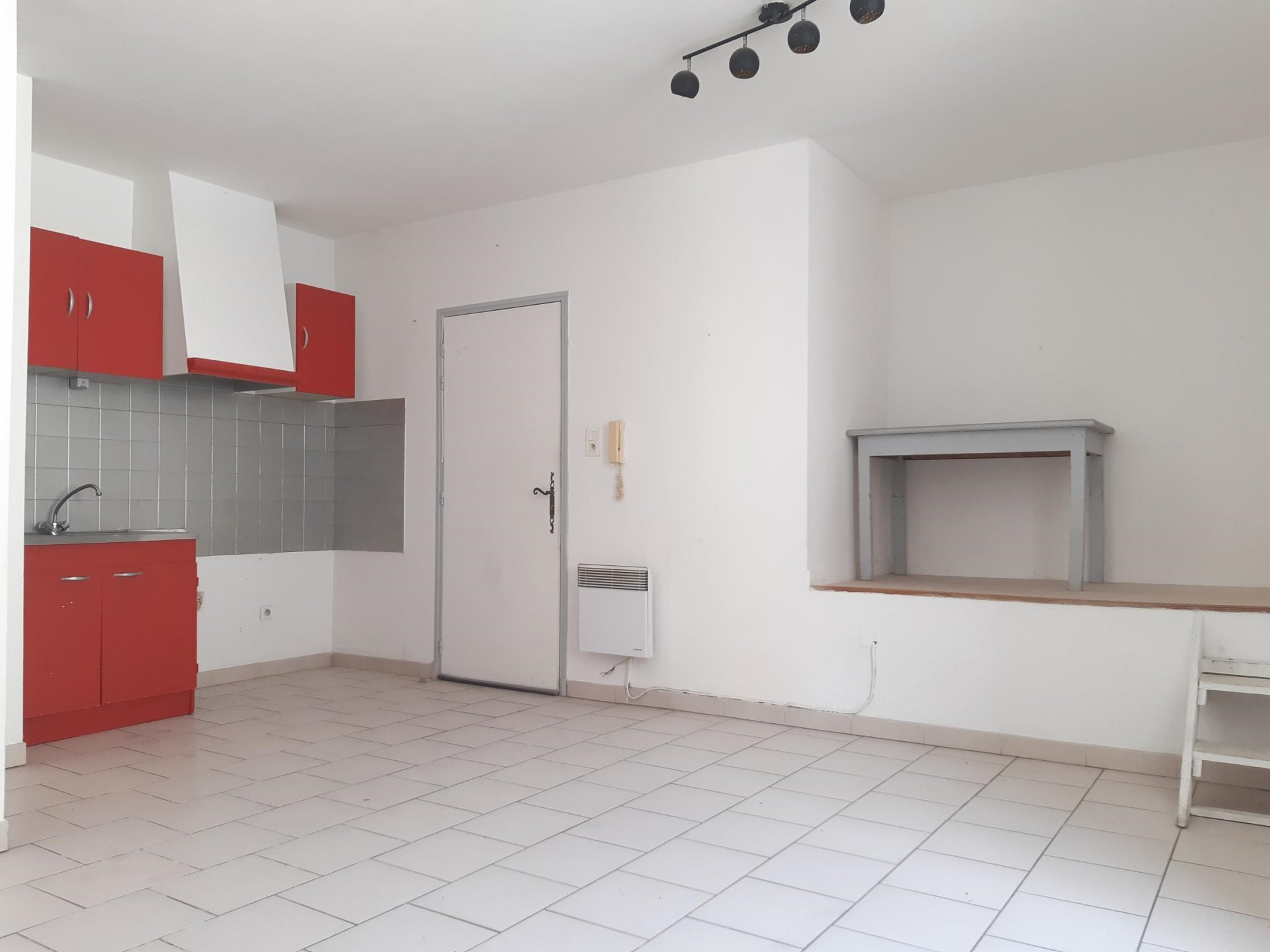 Location Appartement TARASCON Mandat : 3688
