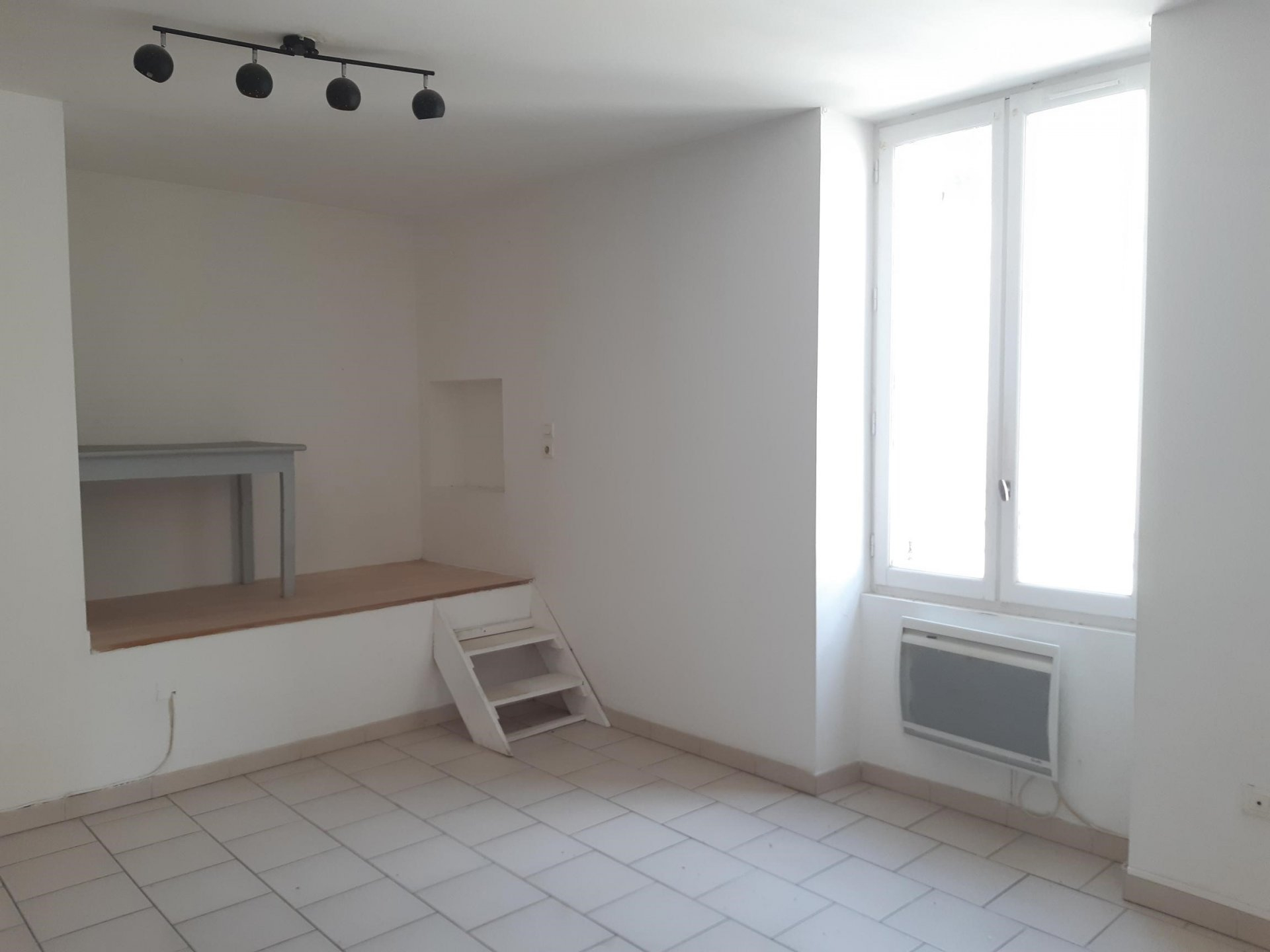 Location Appartement TARASCON 1 pièces