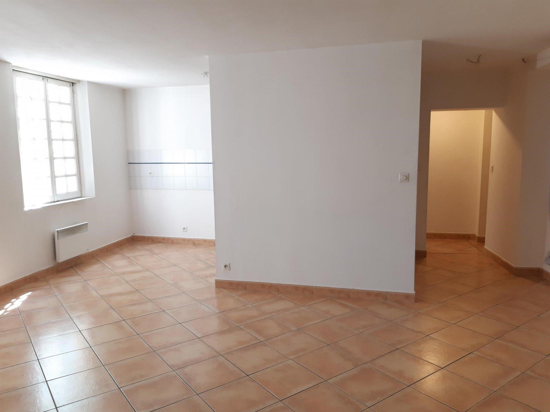Location Appartement TARASCON surface habitable de 47 m²