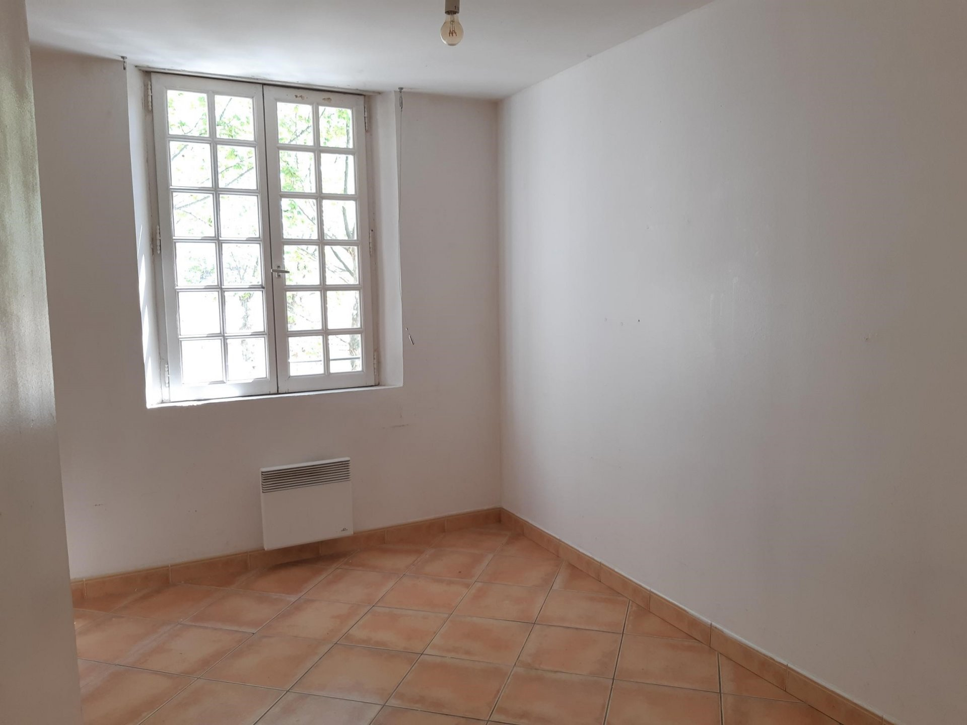 Location Appartement TARASCON 2 pièces