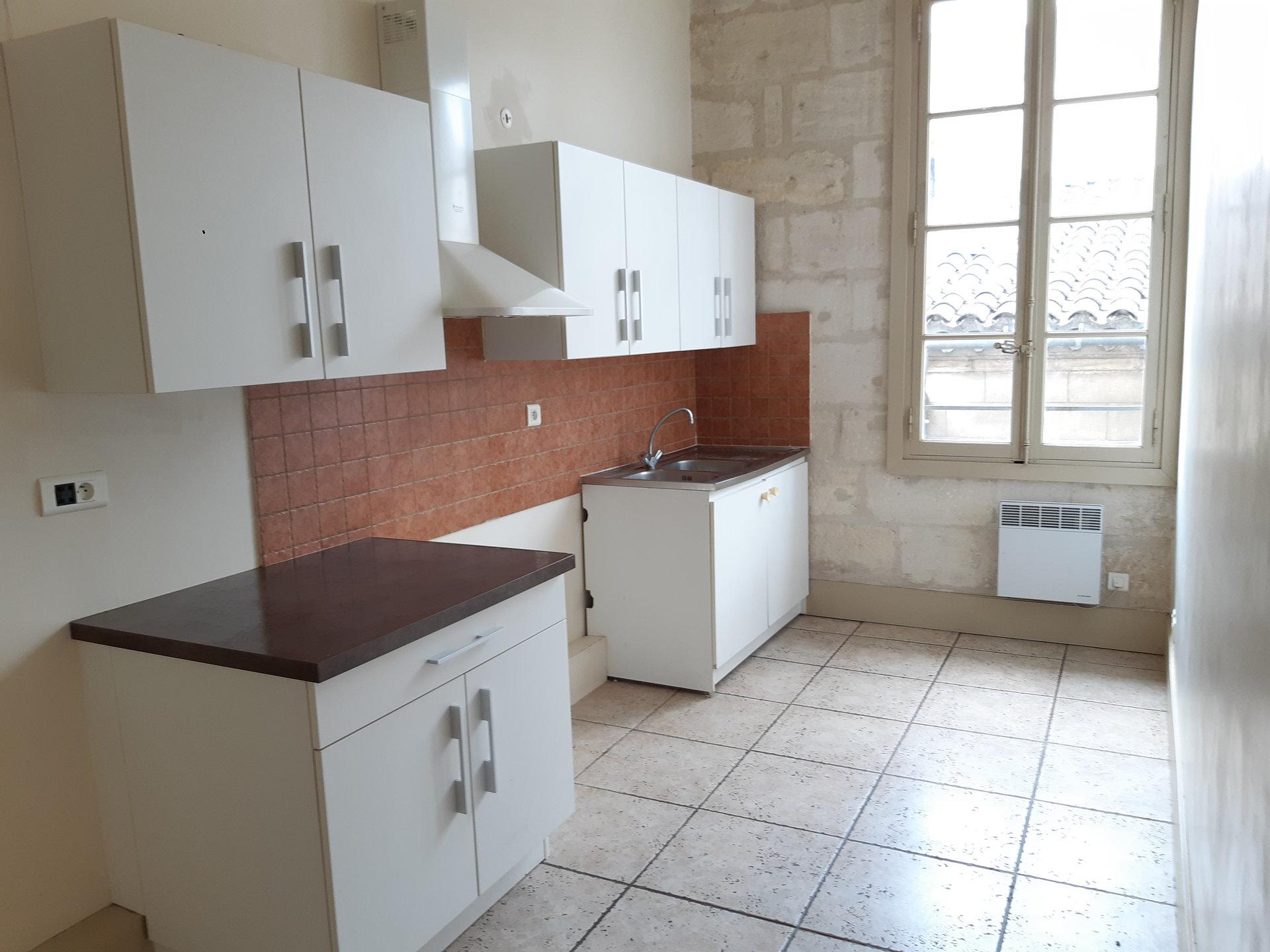 Location Appartement BEAUCAIRE Mandat : 0265
