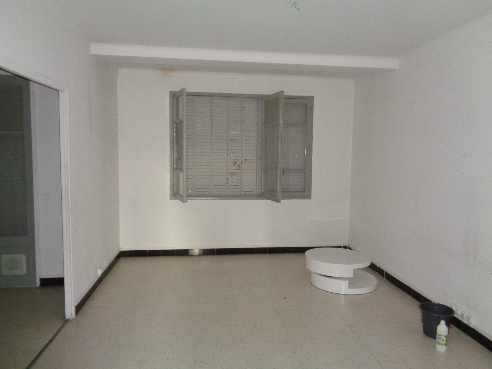 Vente Appartement TARASCON surface habitable de 0 m²