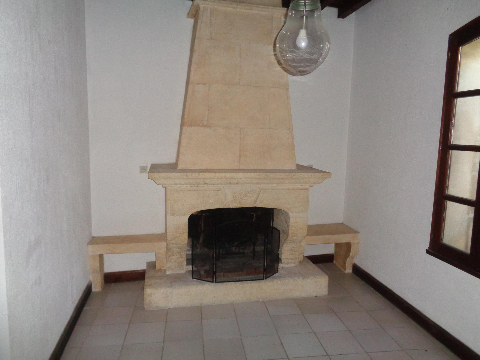 Vente Maison TARASCON séjour de 18 m²