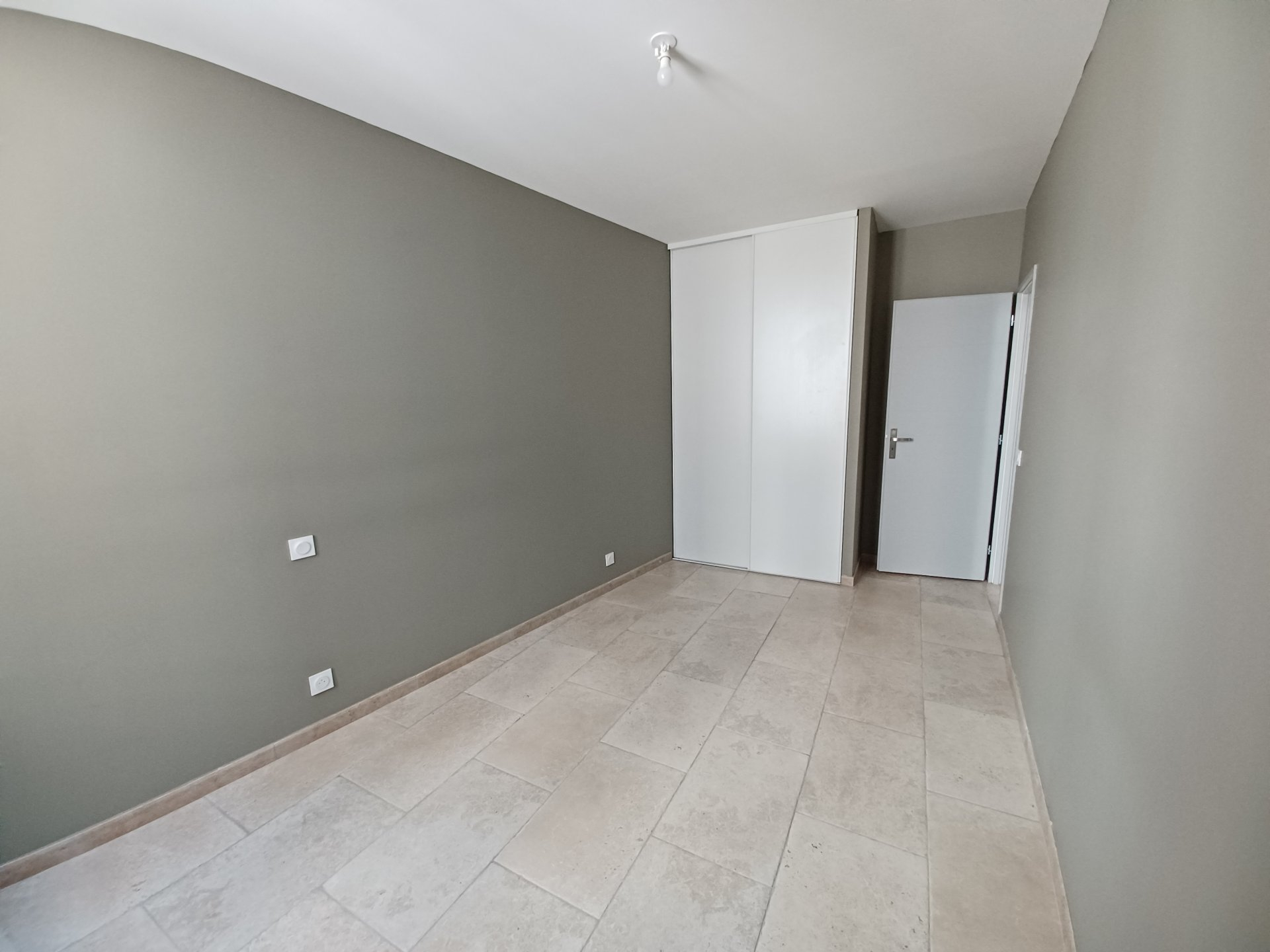 Location Appartement TARASCON convecteur, individuel, electrique chauffage
