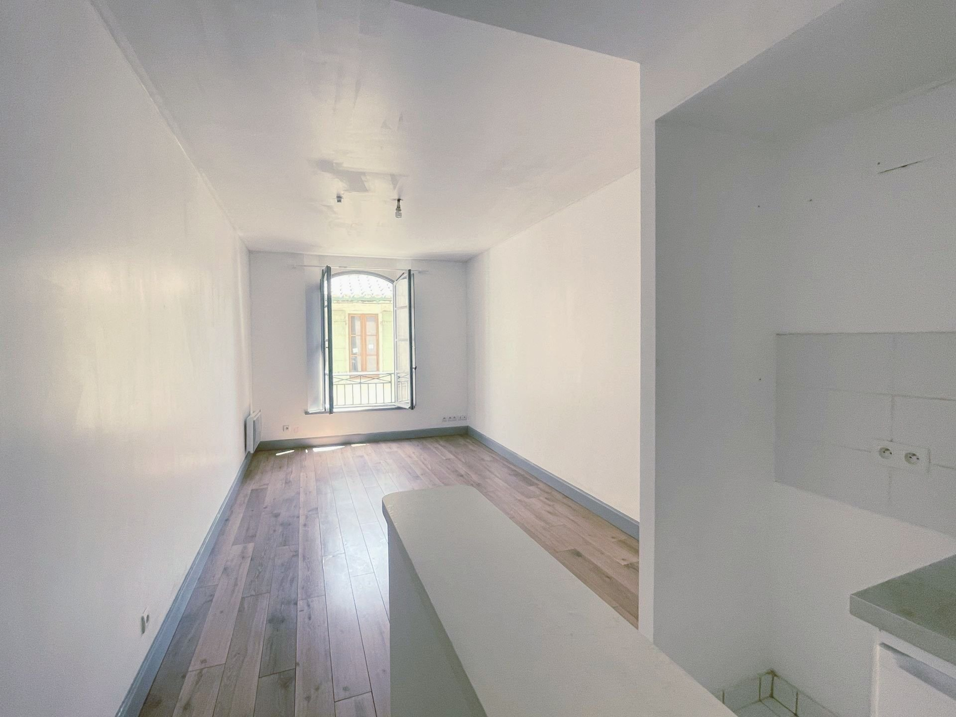 Location Appartement BEAUCAIRE Mandat : 1009-105