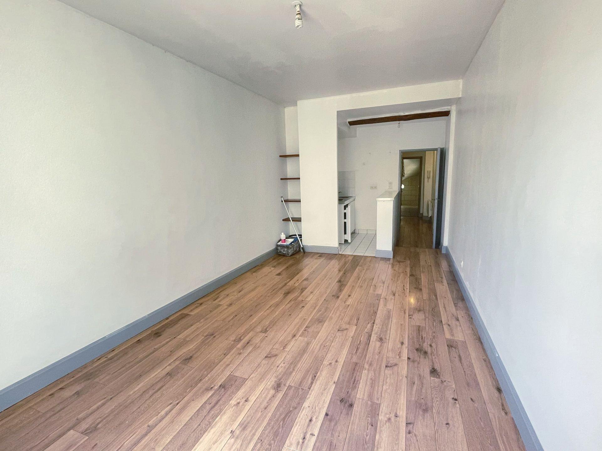 Location Appartement BEAUCAIRE surface habitable de 30 m²