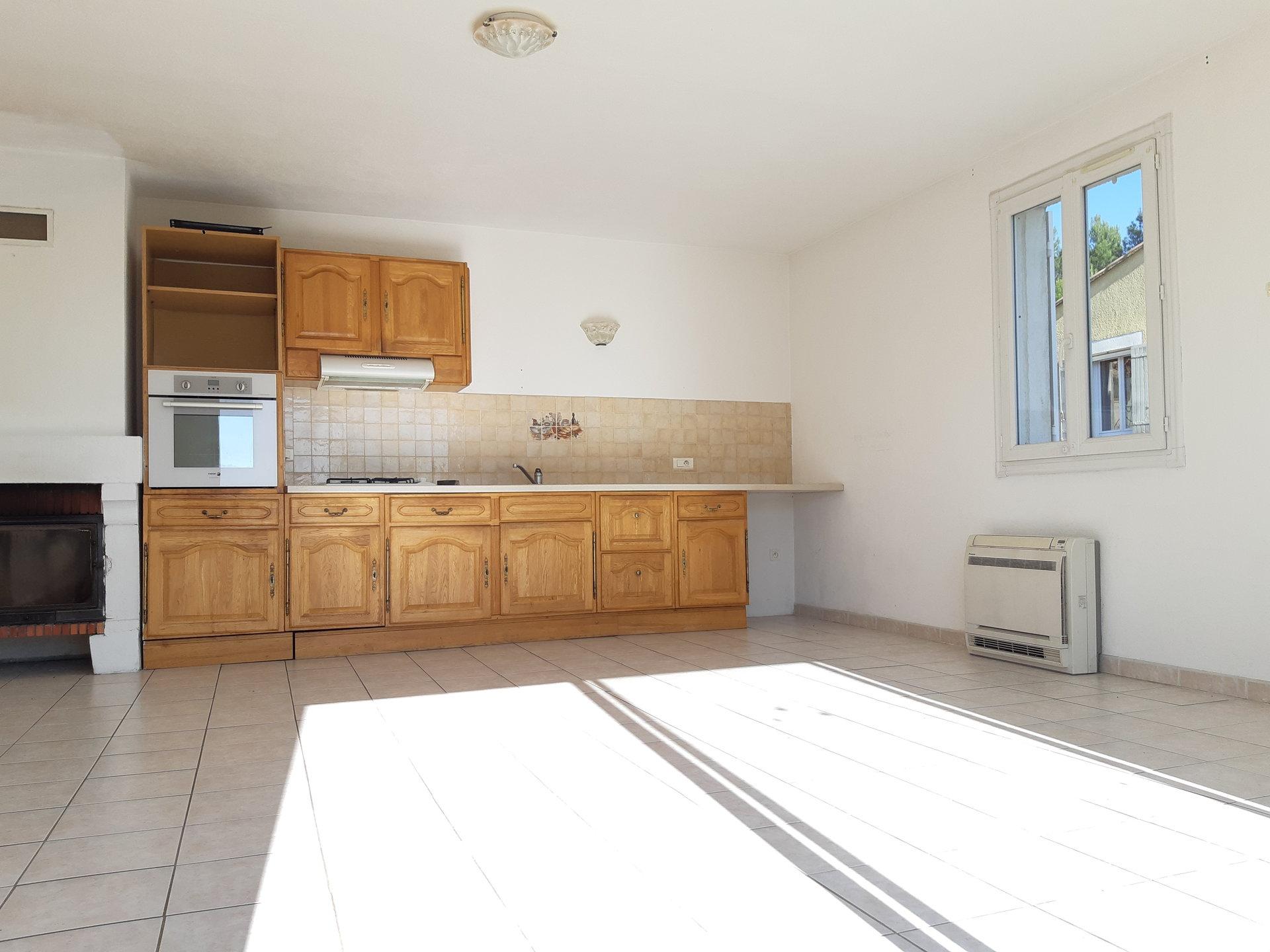 Location Maison PARADOU surface habitable de 100 m²
