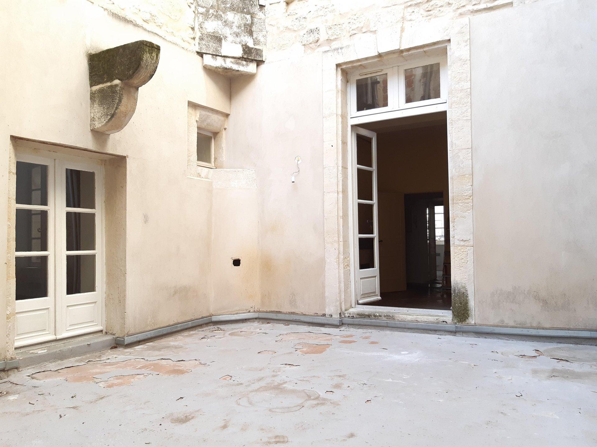 Location Appartement BEAUCAIRE Mandat : 0213
