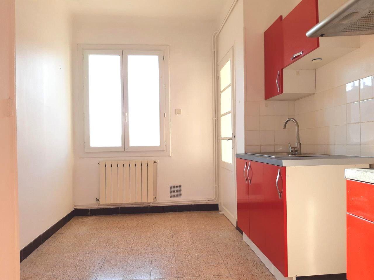 Location Appartement TARASCON surface habitable de 95 m²