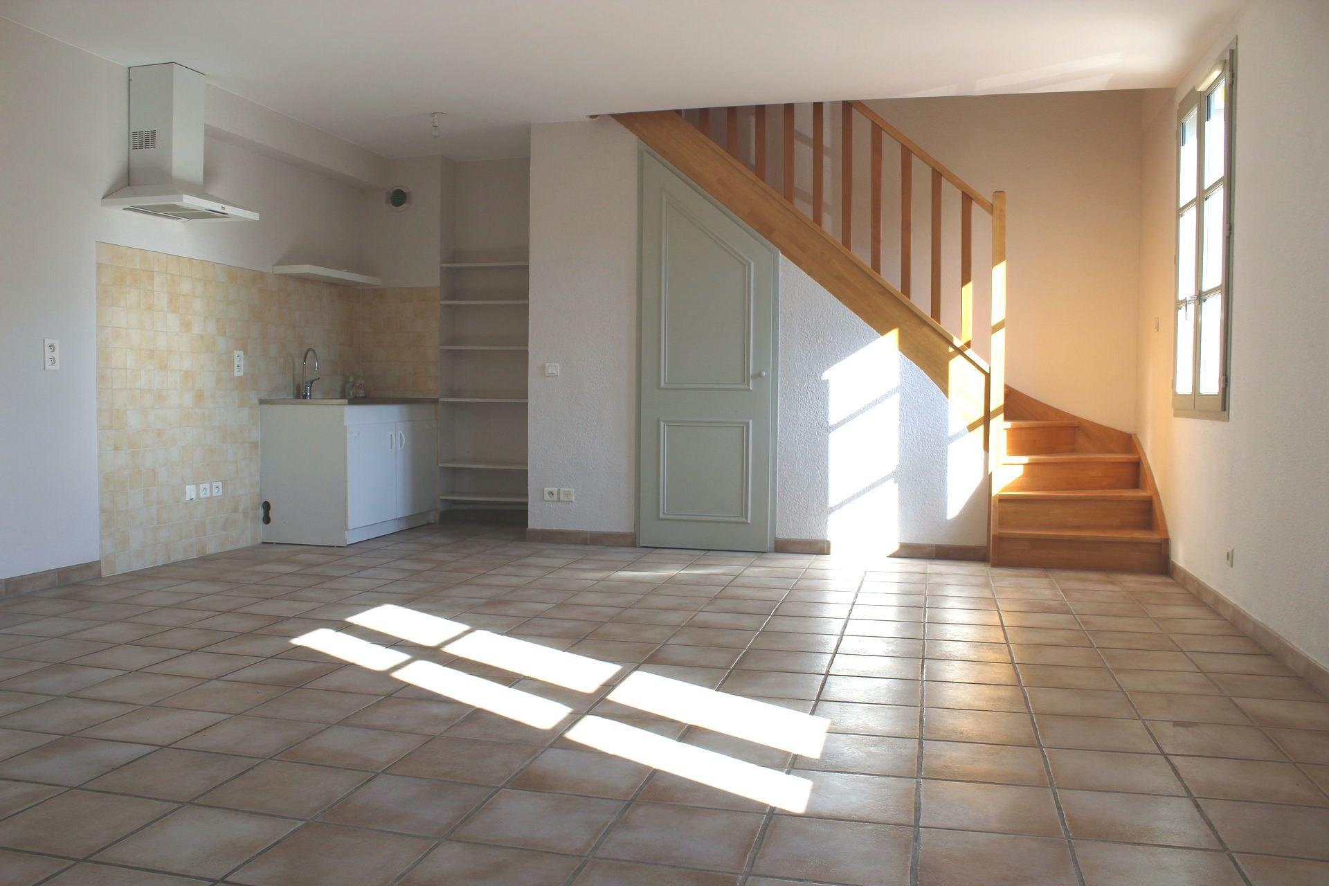 Location Appartement TARASCON Mandat : 3774