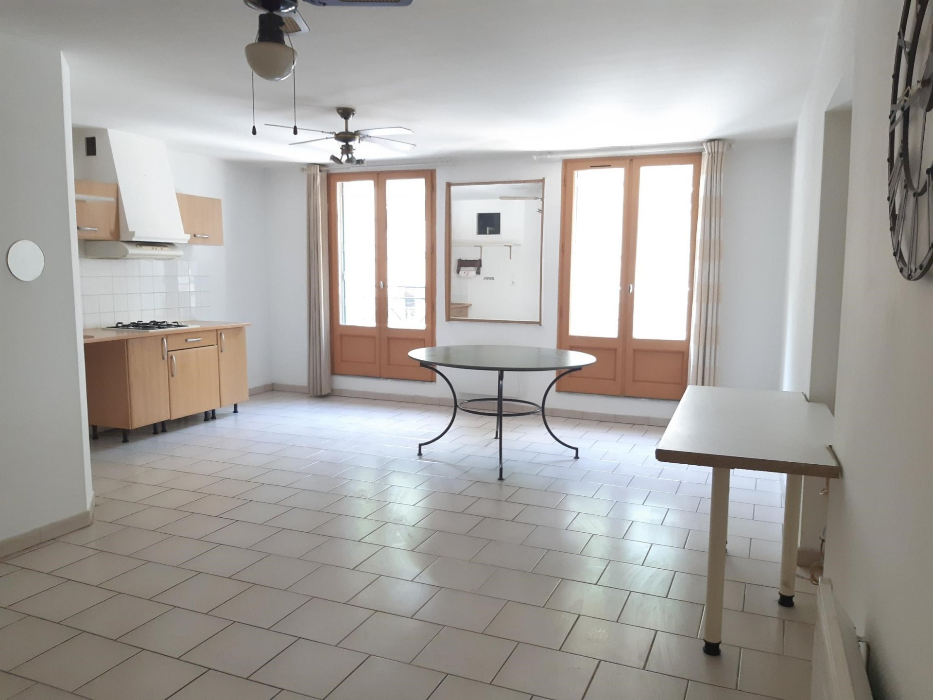 Location Appartement TARASCON Mandat : 3519