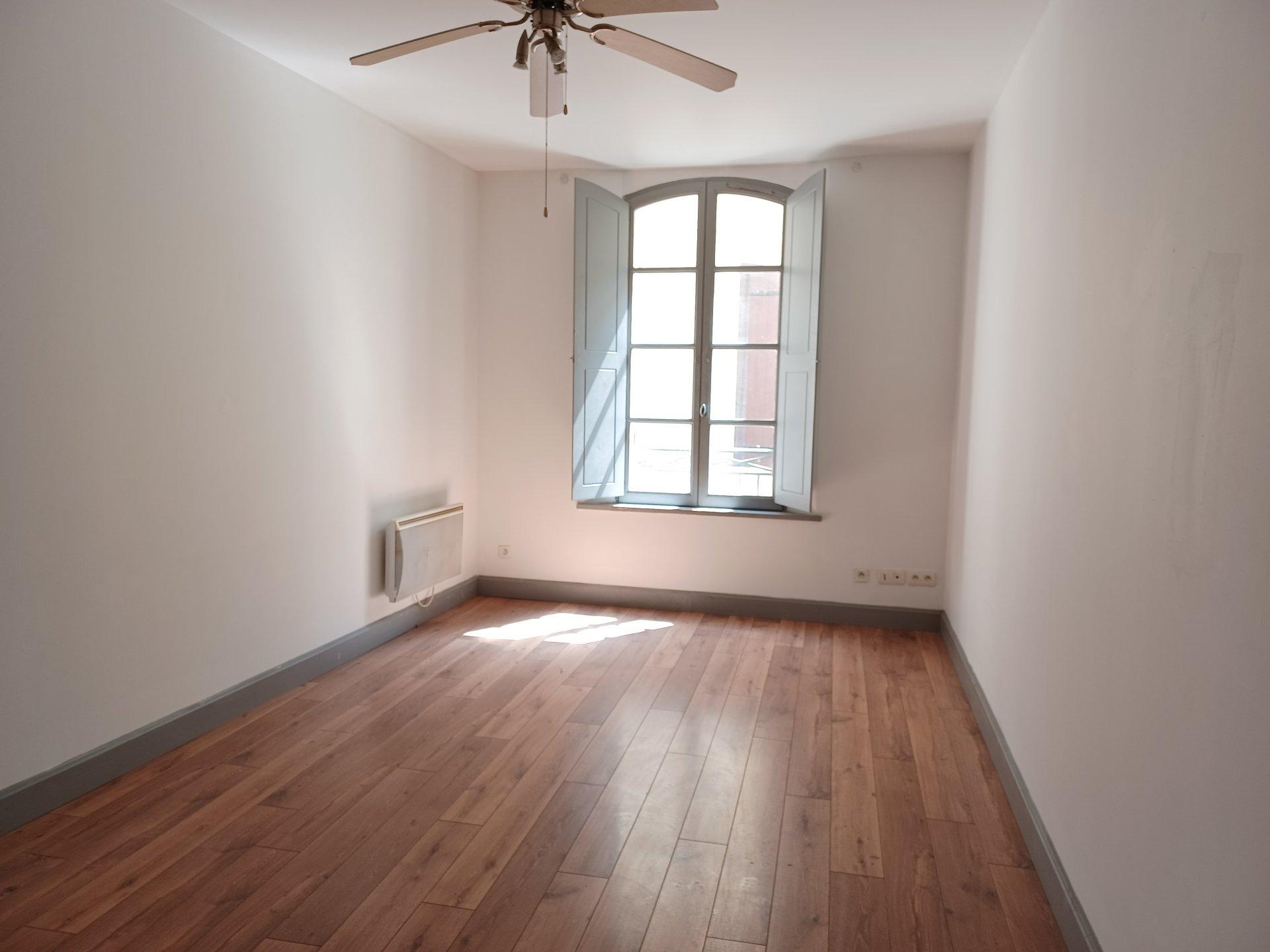 Location Appartement BEAUCAIRE Mandat : 1009-104