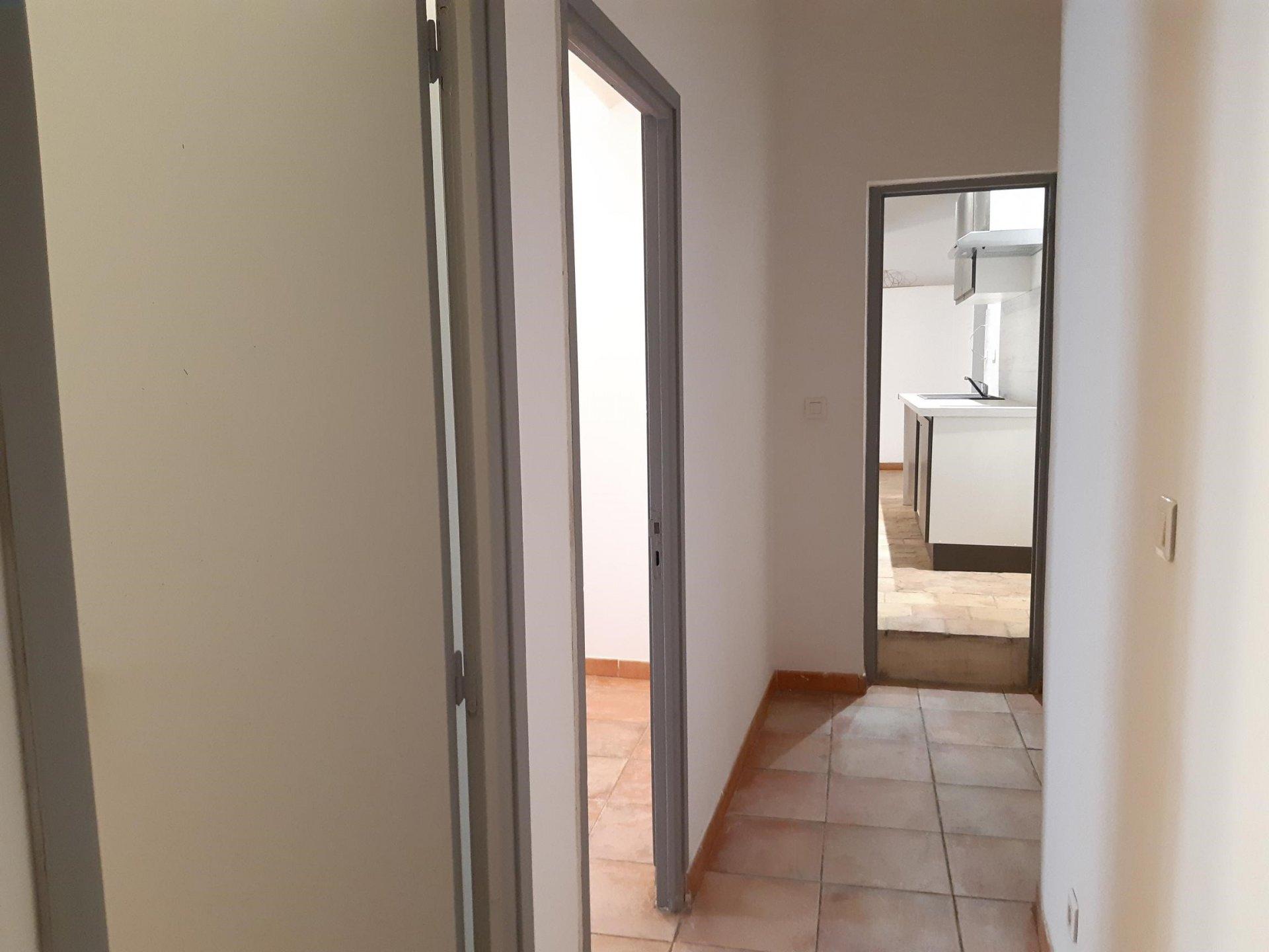 Location Appartement BEAUCAIRE surface habitable de 60 m²